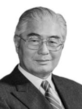 荣毅仁(1916-2005)